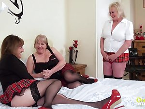Threesome sexual party with three busty british lesbian matures increased by sex toys