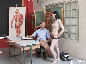 Hard sex down at someone's skin office with a group of hot women