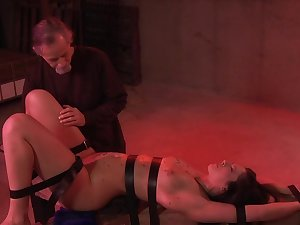 Jade Thomas derives pleasure detach from bondage, flogging and pussy stimulation
