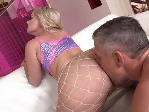 Super duper big racked blonde cowgirl Lisey Adorable enjoys hard anal fuck
