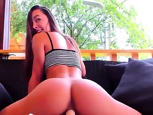 Hottest Camgirl Dildo Ride Every time