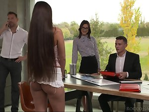 Nerd Miss Lonelyhearts Mina K gets double penetrated after cunnilingus