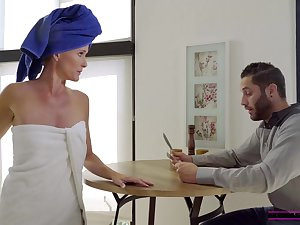 Sofie Marie is rubbing together with sucking dick instead of object for work, because it feels good