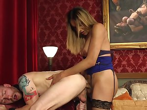 Erotic nude anal with a TS slattern on fire