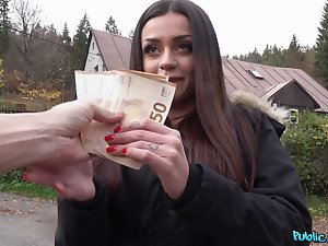 Teen amateur paid with cash for a in the air of POV sex