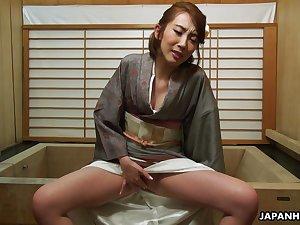 Sexy geisha Aya Kisaki enjoying some me time after work and she's so sensual
