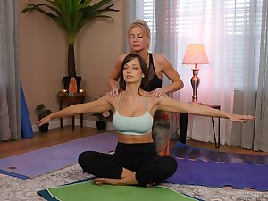 yoga lesson drives these chicks to a crazy oral play