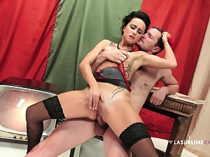 Excellent immutable fucking anal scenes be proper of the slim babe