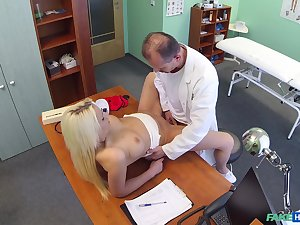 Doctor deep fucks mart patient in intense scenes
