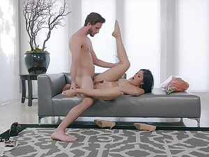 Brunette girl soaks whole dong into her cunt